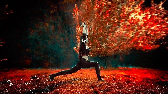 athletic-girl-1388572_640